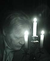 Chicago Psychic Medium Edward Shanahan during his Circle of Energy Seance at his Chicago Paranormal Nights